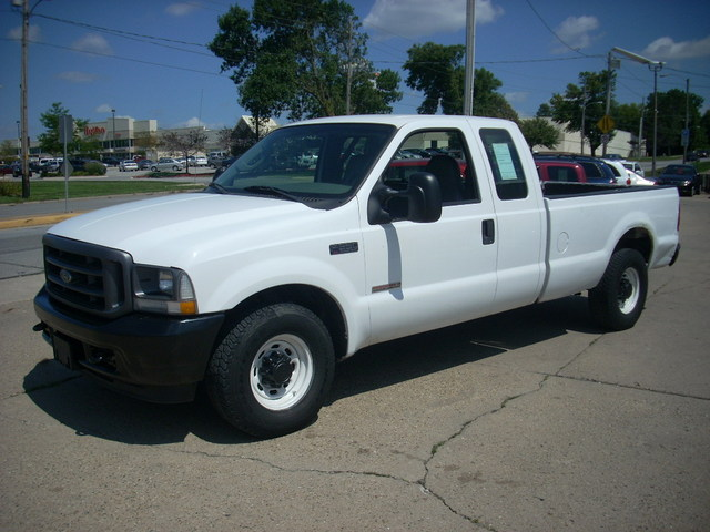 2004 Ford F-350 XL Diesel 2WD - 1FTSX30P44EE08951