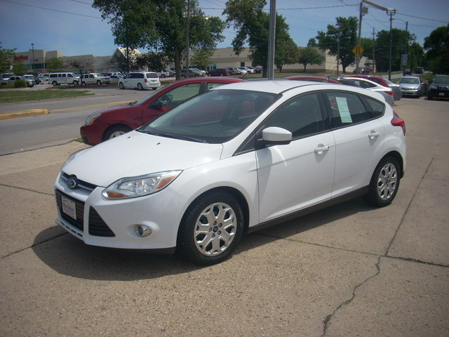2012 Ford Focus SE - 1FAHP3K2XCL375353