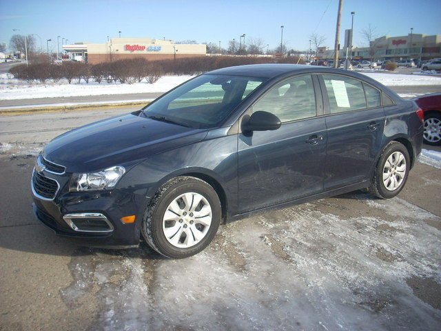 2016 Chevrolet Cruze Limited - 1G1PC5SH7G7181274