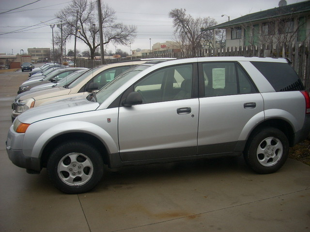 2003 Saturn VUE 5 speed Manual - 5GZCZ23D93S803782