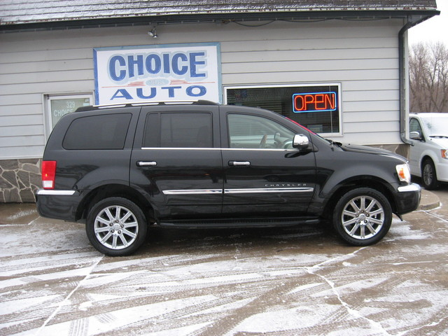 2009 Chrysler Aspen Limited - 1A8HW58T29F715491