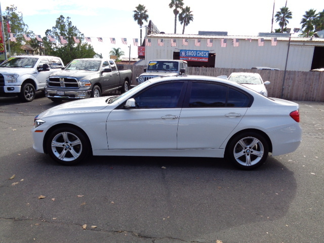 2013 BMW 3 Series 320I 48K Miles Heated Seats Still Under Factory Wa - WBA3B1C57DK128487