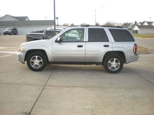 2007 Chevrolet TrailBlazer LS 4x4 -