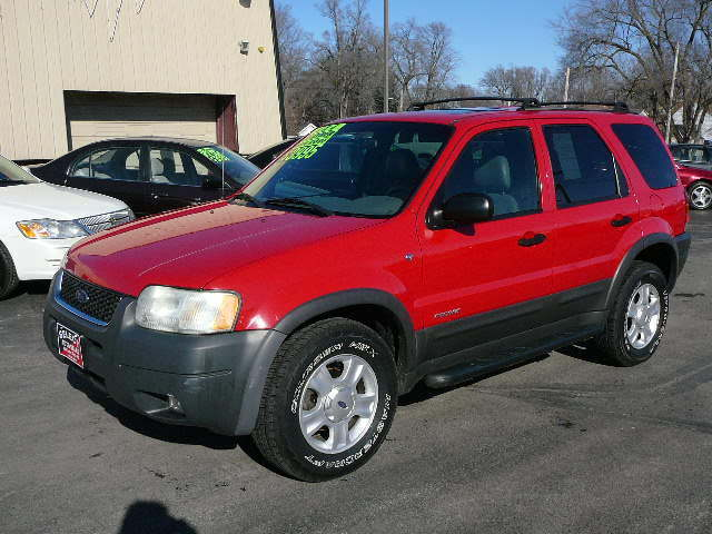 2002 Ford Escape XLT, 4X4 - 1FMCU04162KA37786