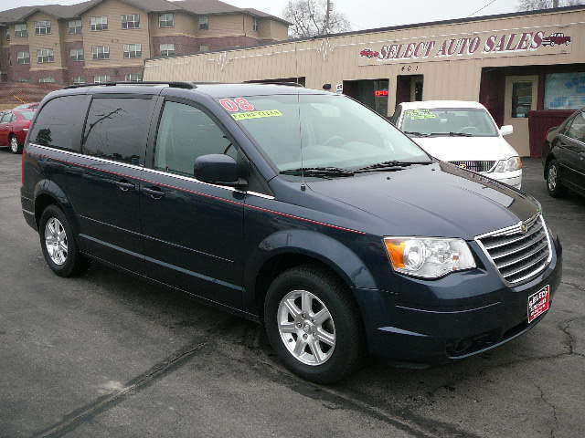 2008 Chrysler Town & Country Touring, Stow-n-Go - 2A8HR54P18R761790