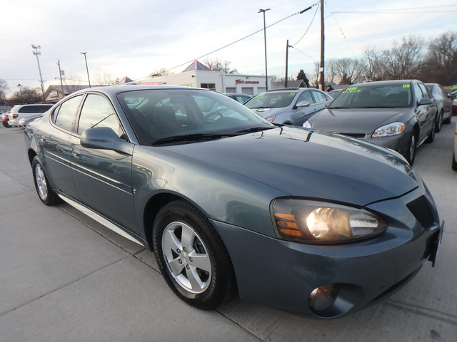 2007 Pontiac Grand Prix  - 2G2WP552771218923