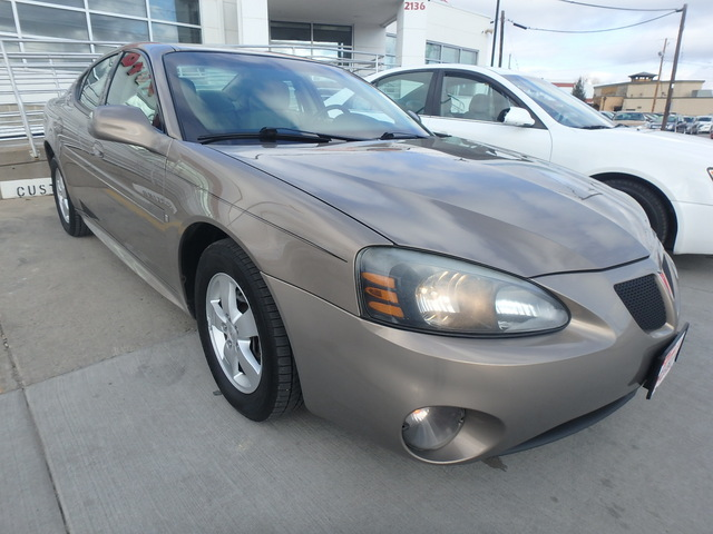 2007 Pontiac Grand Prix  - 2G2WP552071185229