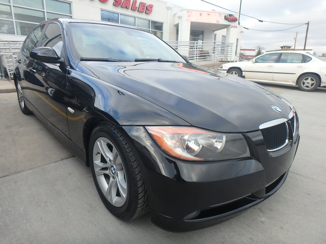 2008 BMW 3 Series 328i - WBAVC53578FZ89910