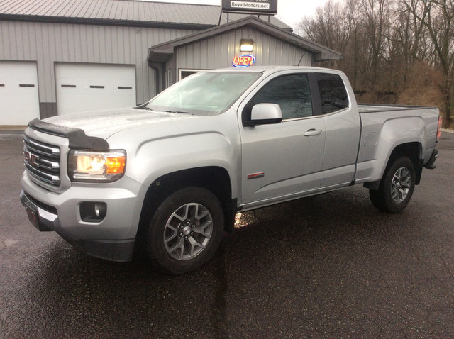 2015 GMC Canyon 4WD SLE Extended Cab - 1GTH6BE36F1127175