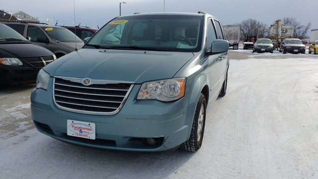 2008 Chrysler Town & Country Touring - 2A8HR54P78R814962