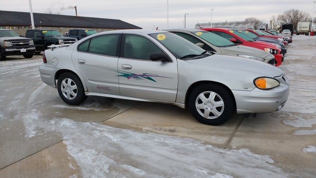 2005 Pontiac Grand Am SE - 1G2NE52E05M100732