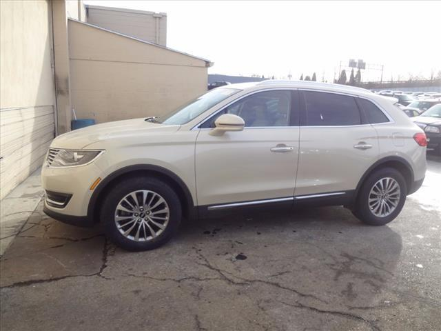 2016 Lincoln MKX Select - 2LMTJ8KP4GBL20207