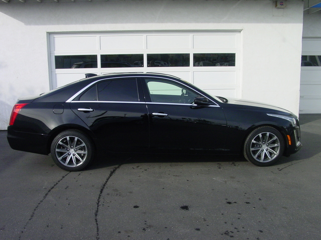 2016 Cadillac CTS Sedan Luxury Collection RWD 009A34AD-C54E-78E8-88DC5F9A3838DCC5_x.jpg