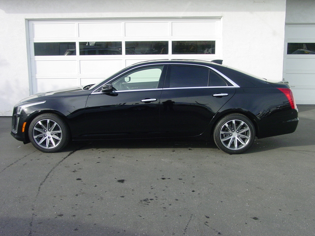 2016 Cadillac CTS Sedan Luxury Collection RWD 00A30BE8-0604-3587-5A3E10ED4B7669A0_x.jpg