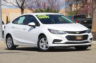 Used 2017 Chevrolet Cruze Sedan LS (Automatic) - 1G1BC5SM4H7140559