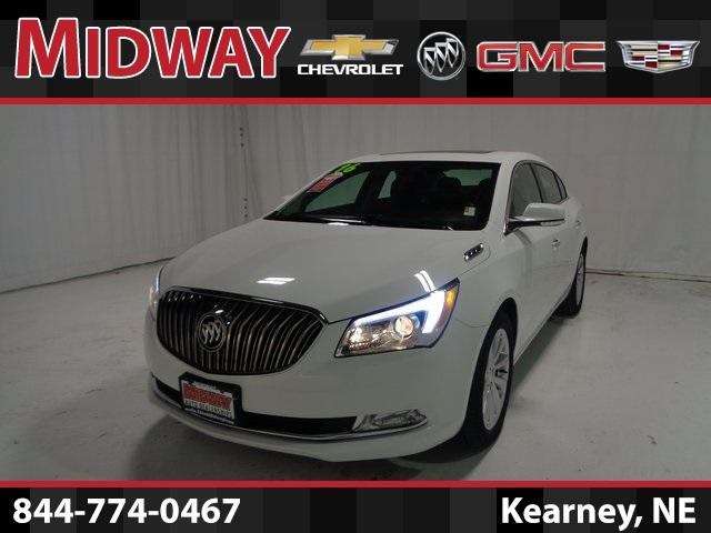 2016 Buick LaCrosse FWD Leather - 1G4GB5G33GF263799